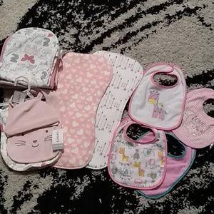 NWT/NWOT baby gifl butp cloths+bibs